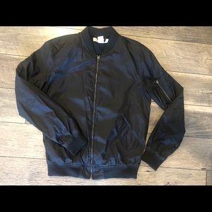 💣🧥 H&M men's nylon bomber jacket